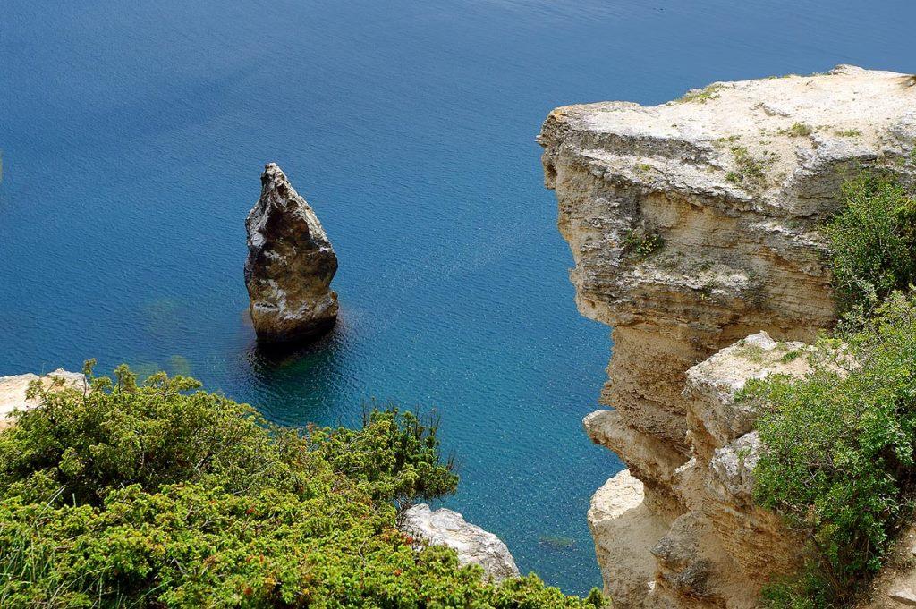 Приезжайте летом на отдых в курортной Алупке у моря